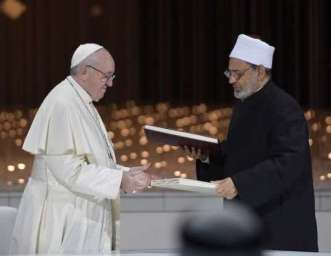Pope_Francis_and_Ahmed_el_Tayeb_grand_imam_of_al_Azhar_signed_a_joint_declaration_on_human_fraternity_during_an_interreligious_meeting_in_Abu_Dhabi_UAE_Feb_4_2019_Credit_Vatican_Media_